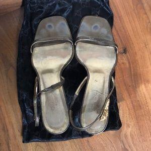 Vintage gucci platinum/gold slingback sandal